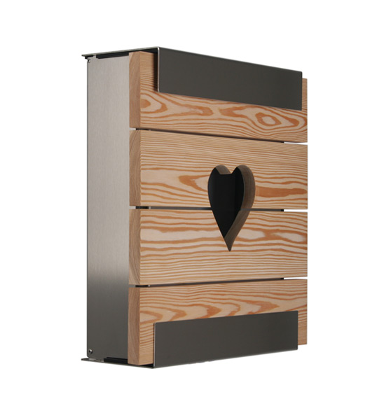 design briefkasten holz mit herz im greenbop online shop. Black Bedroom Furniture Sets. Home Design Ideas