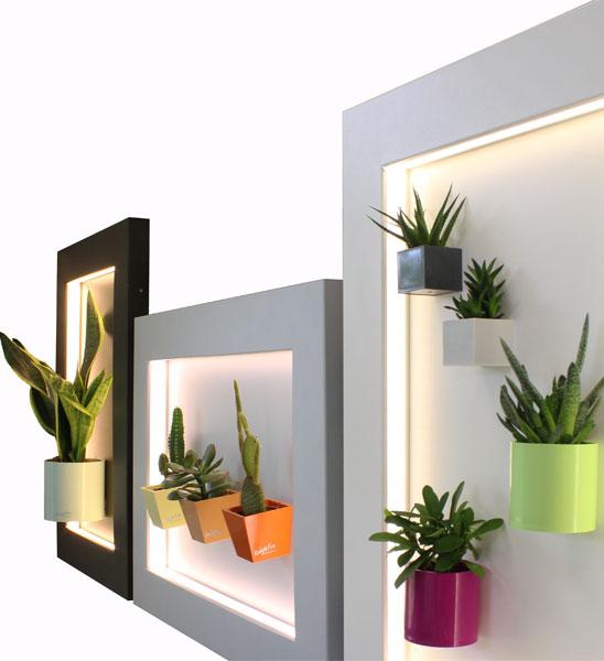 magnettafel mit rahmen beleuchtet im greenbop online. Black Bedroom Furniture Sets. Home Design Ideas