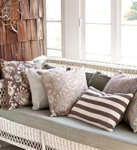 dash albert outdoor kissen dunkelgrau gestreift 56x56 cm im greenbop online shop kaufen. Black Bedroom Furniture Sets. Home Design Ideas
