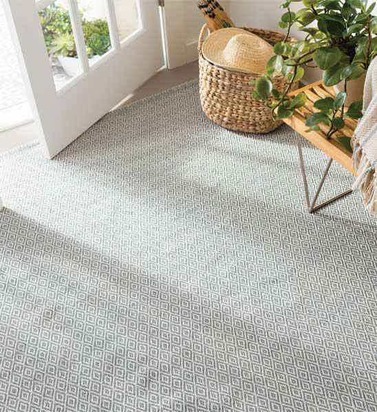 outdoor teppich crystal grau im greenbop online shop kaufen. Black Bedroom Furniture Sets. Home Design Ideas