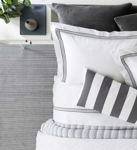 outdoor teppich herringbone grau im greenbop online shop. Black Bedroom Furniture Sets. Home Design Ideas