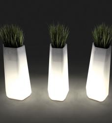 Design Blumenkübel Rock-Garden beleuchtet