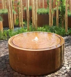 Cortenstahl Brunnen rund